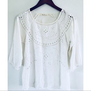 Solitaire White Eyelet Embroidered Top sz Sm
